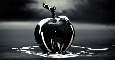 Black Glass Apple thumbnail