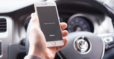 iphone-car-dribbble